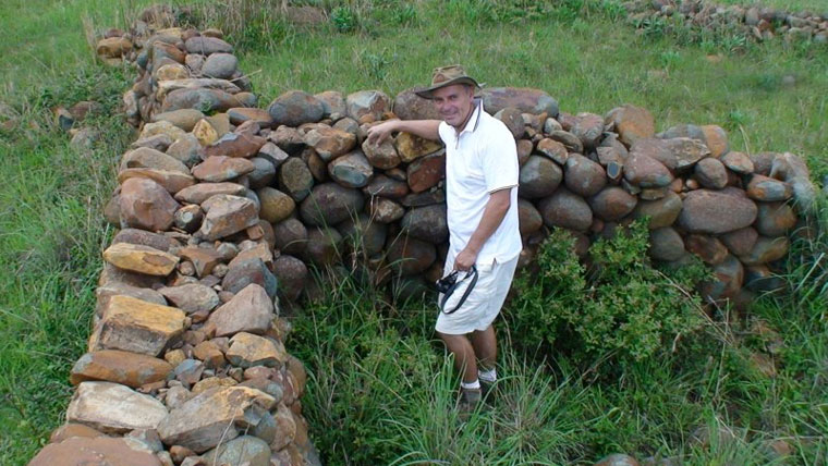 Michael Tellinger at one of the ruins