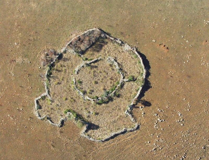 http://galacticchannelings.com/ruines1.jpg